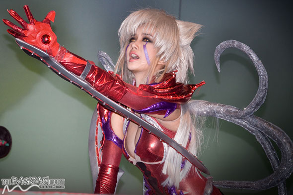 Alodia Gosiengfiao as Amaha Masane from Witchblade