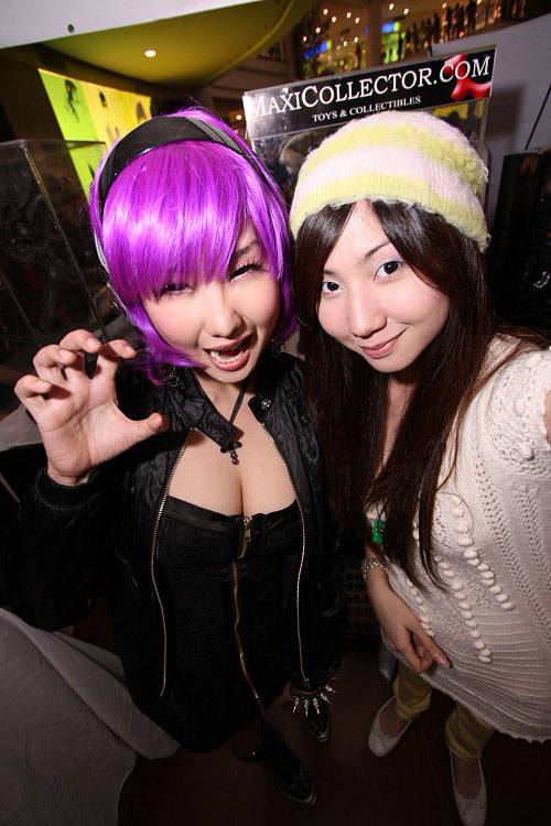 Alodia and Ashley at Tagcom