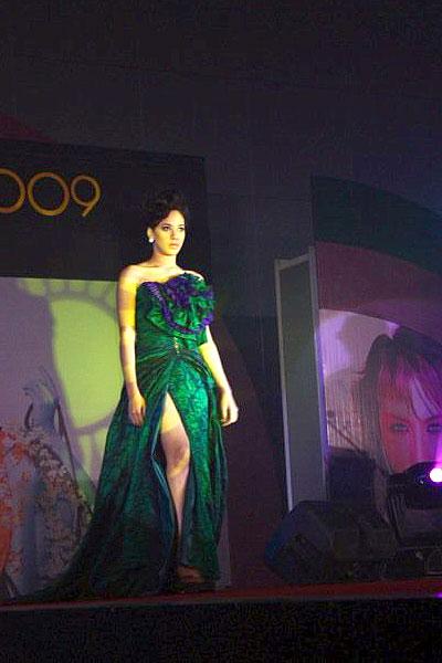 Miss Teen Makati 2008 Mia Marquez