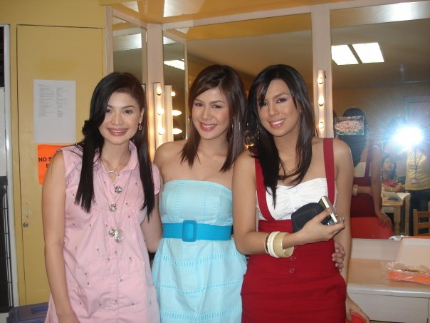 Anne Curtis, Valerie Concepcion, and Nikki Gil
