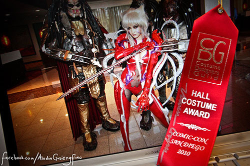 Filipina cosplay queen Alodia Gosiengfiao wins the Hall Costume Award at the 2010 San Diego Comic-Con for her Witchblade costume.